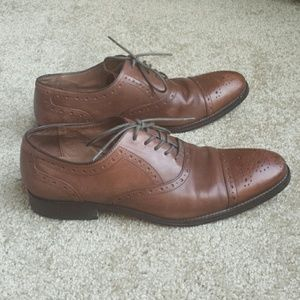 Johnston Murphy Conard brown  cap toe shoes 10.5